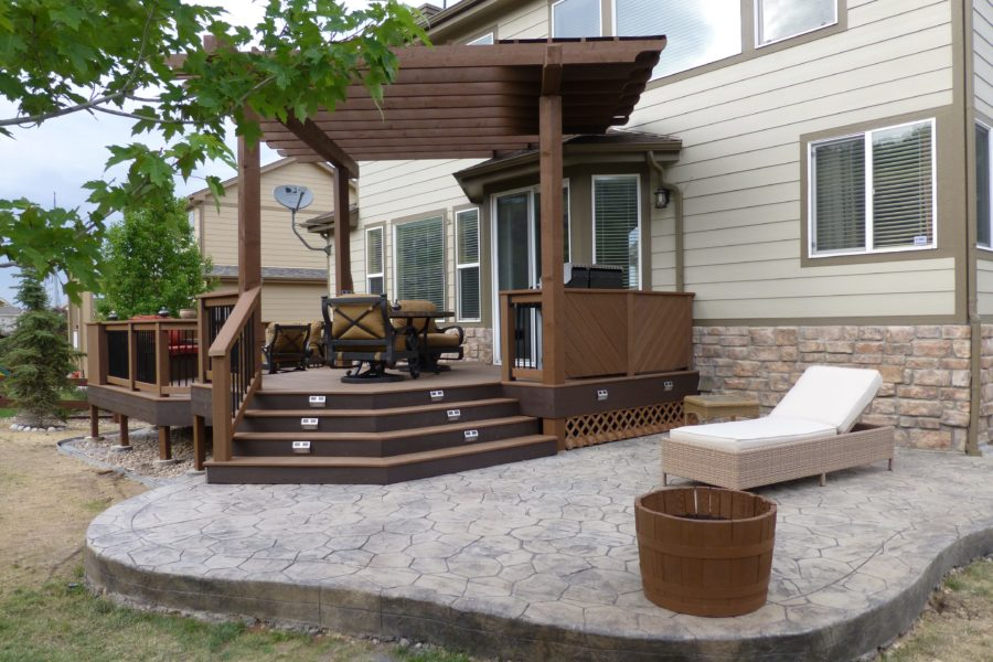 Brown Trex Deck with Stairs Lighting